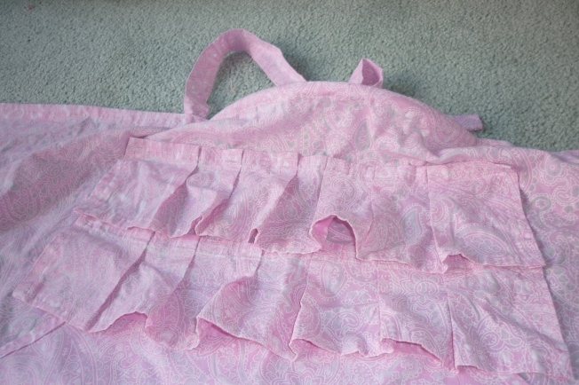 Nursing Cover Frills and Peek-A-Boo